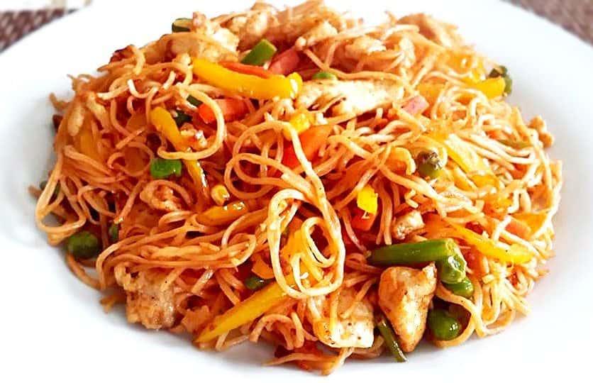 Pakistani chow mein