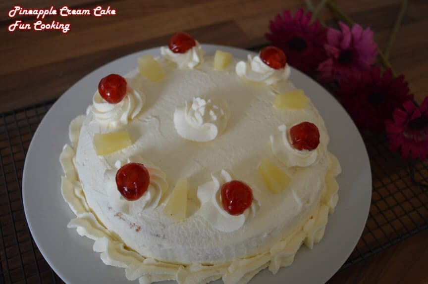 Decorate Cake With Canned Whipped Cream