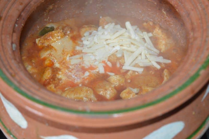 Cheesy Chicken Handi