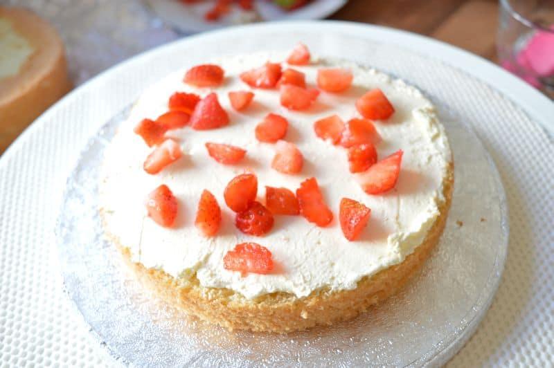 Strawberry and cream genoise sponge