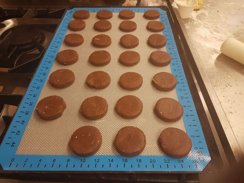 English shortbread biscuits chocolate